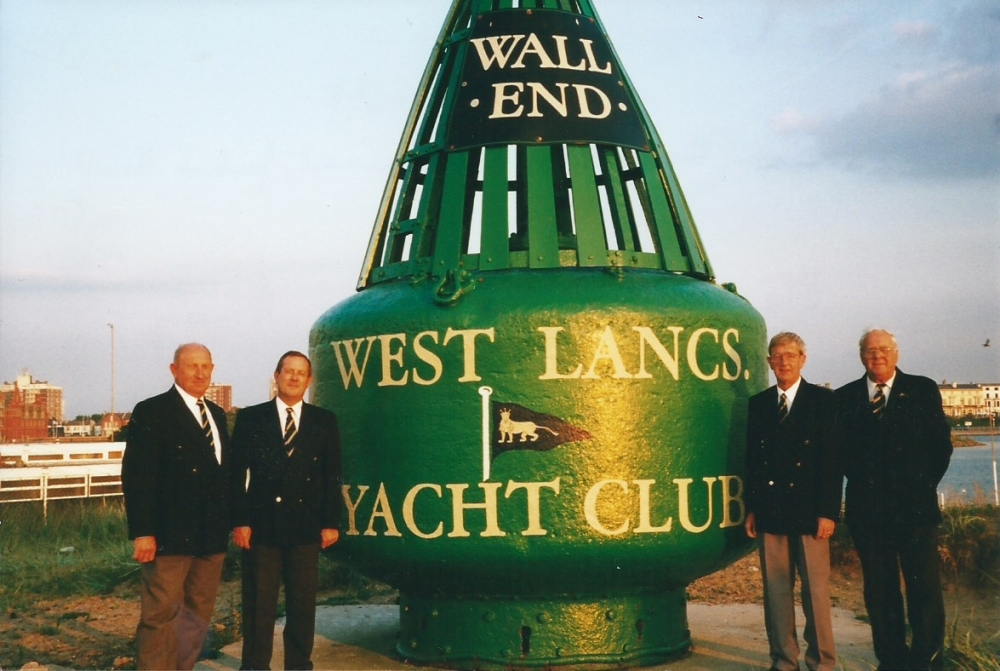 Members who refurbished the Wall End Buoy.